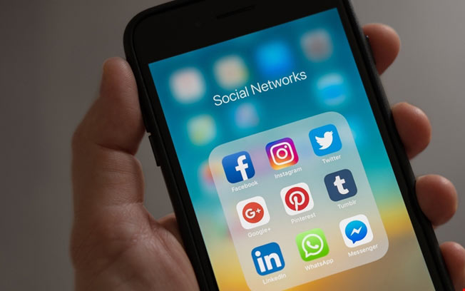 Sosyal Medya Uygulama Geliştirme
